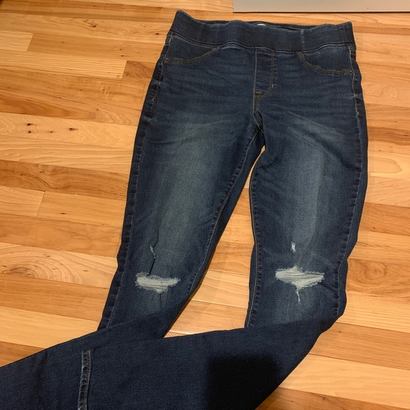 American Eagle Outfitters Denim - Worn once Old Navy Rockstar Leggings